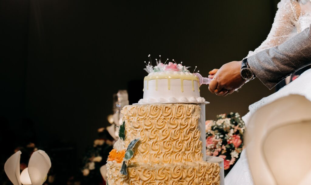 wedding cake today